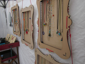 truejune-jewelry-display-for-market-booths-2
